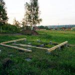 Строительство дачного домика из минибруса,