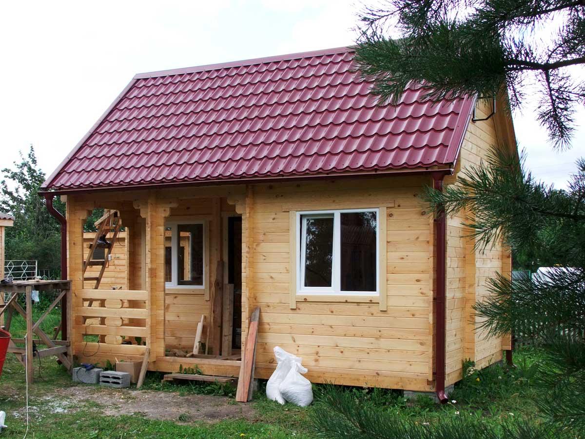 Дачный домик из минибруса